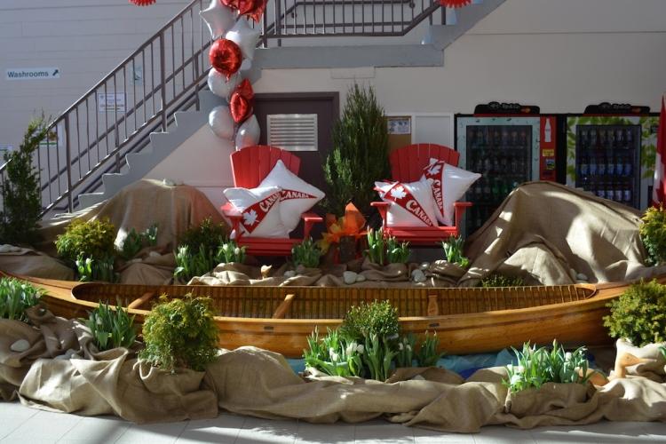 2017-foyer-canoe